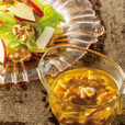 リンゴと白菜のサラダ クルミドレッシング