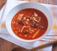 お手軽 押し麦と豆のトマトスープ