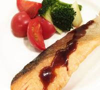 鮭のムニエル バルサミコ酢