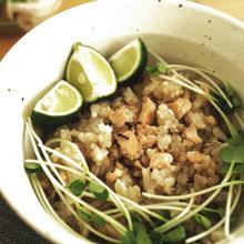 秋鮭ときのこのしょうが炊き込みご飯