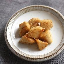 里芋の甘辛ごま焼き