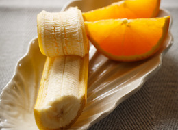 フルーツ(バナナ60g、オレンジ50g)