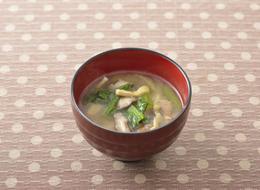 小松菜と椎茸の油揚げの味噌汁