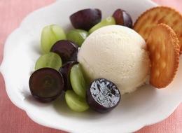 ぶどうとアイスクリーム