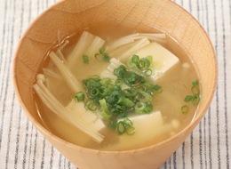えのき茸と豆腐の味噌汁