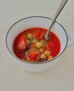 ミックスビーンズとトマトのスープ