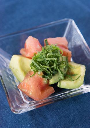 アボカドトマトの塩麹サラダ