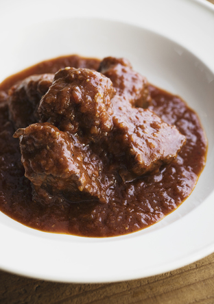 牛肉の赤ワイン煮(ビーフシチュー)