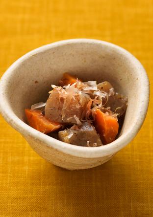 こんにゃくとにんじんのレンジ煮