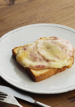 ハムチーズトースト(アウツマイター)