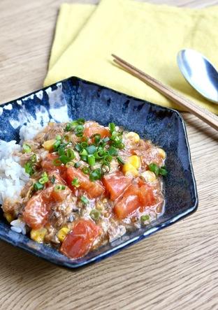 簡単 さば水煮缶とトマトの中華丼