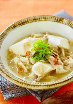 豚肉と豆腐のピリ辛おかずスープ