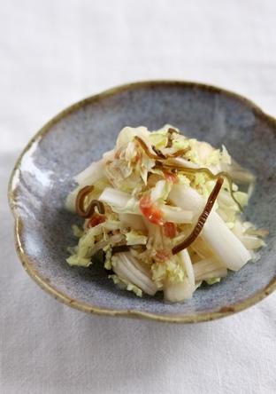 簡単 白菜の梅昆布和え