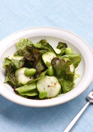 枝豆とズッキーニのグリーンサラダ