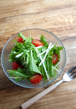 水菜のサラダ ペッパーレモンドレッシング