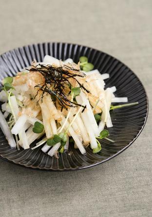 大根と貝割れ菜のサラダ