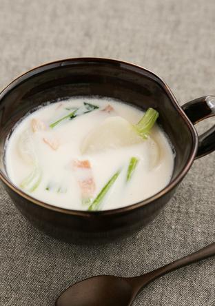 かぶとベーコンのミルクスープ