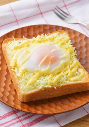 巣ごもりトースト