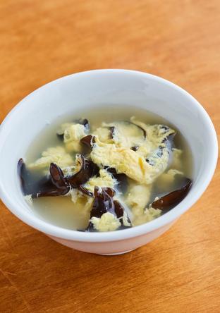 ふんわり卵ときくらげの中華スープ