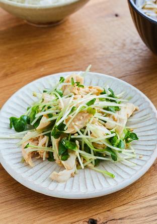 ささ身と貝割れ菜の中華サラダ