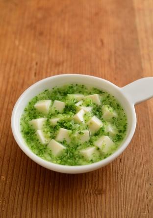 【離乳食・中期】豆腐とブロッコリーのくず煮