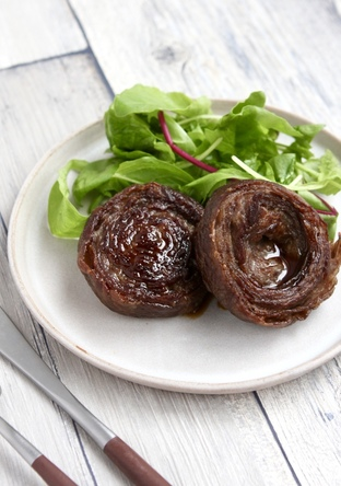 薄切り牛肉で簡単ジューシーロールステーキ