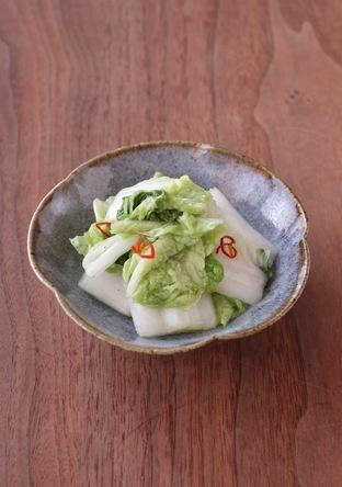 ビニール袋でつくる白菜の浅漬け