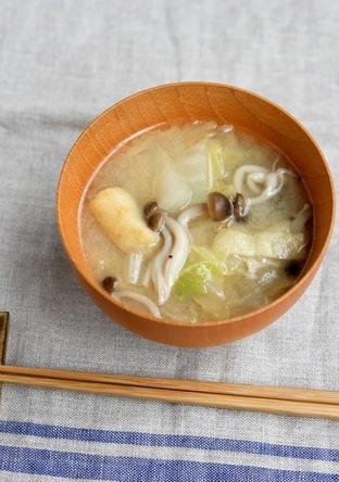 農家のレシピ 白菜としめじのごま味噌汁