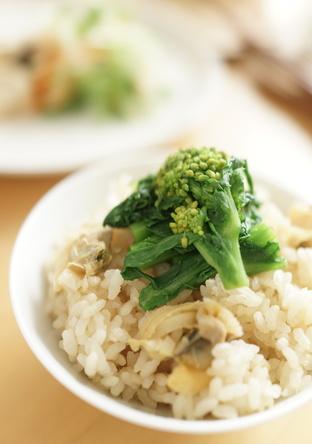 菜の花とあさりの炊き込みご飯