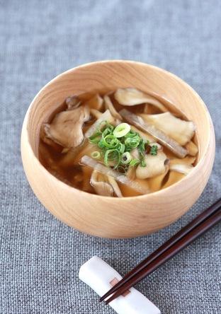 舞茸と大根の味噌汁
