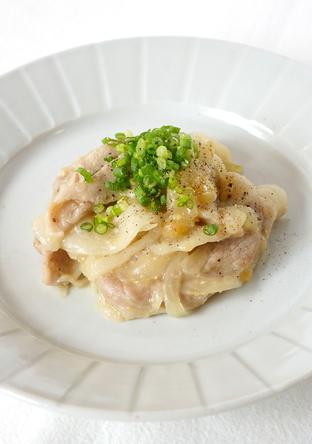 電子レンジで豚肉のとろりん生姜味噌煮