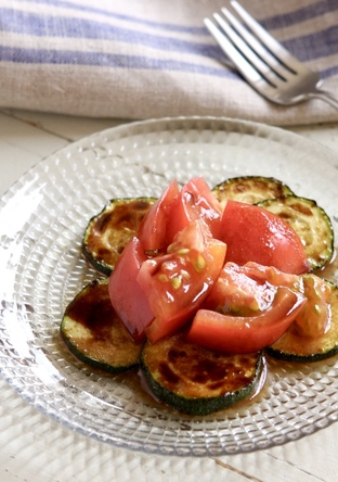 ズッキーニとトマトのバルサミコサラダ