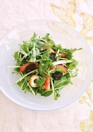 水菜と竹輪とトマトの和サラダ