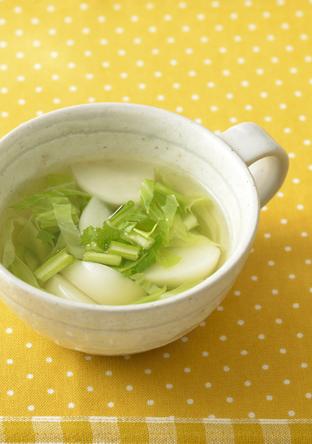 春キャベツとかぶのスープ