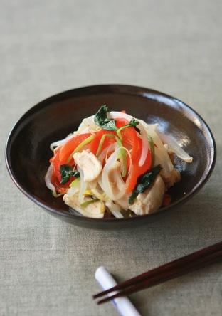 鶏ササミと蒸し野菜のわさびしょうゆ和え