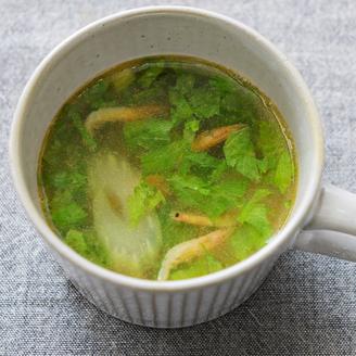 桜えびとセロリのスープ