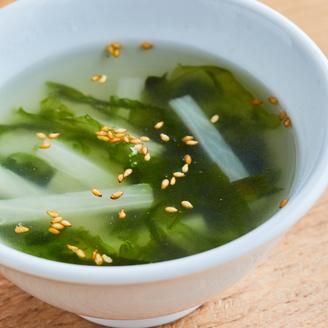 長いもとあおさの中華スープ