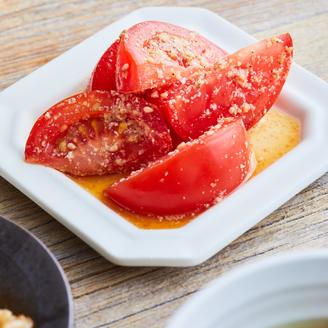 トマトのごまあえ
