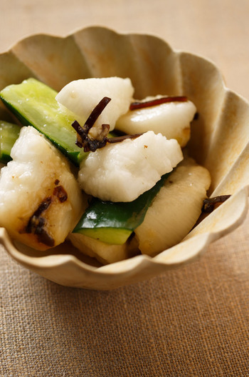 たたききゅうりと長芋の塩昆布和え