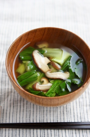 椎茸とチンゲン菜のすまし汁