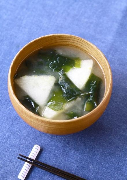 夏においしい 冬瓜のお味噌汁
