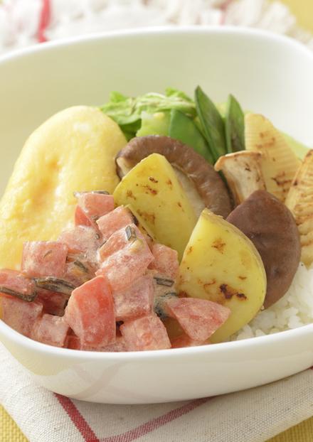 鮮やかな春野菜のグリル焼きどんぶり