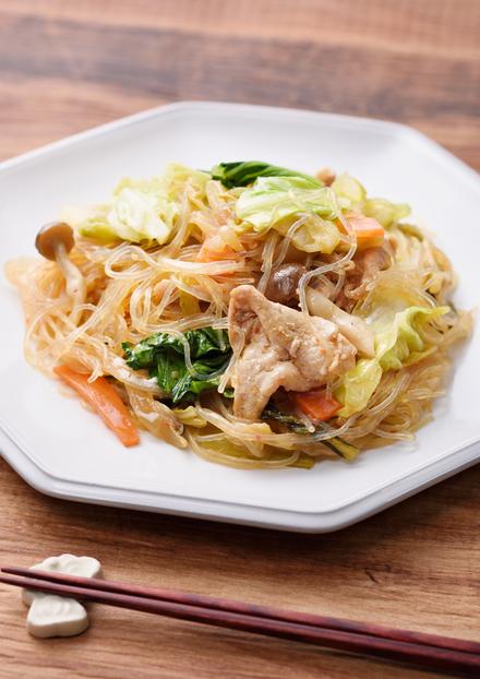 野菜たっぷり!春雨のピリ辛炒め煮