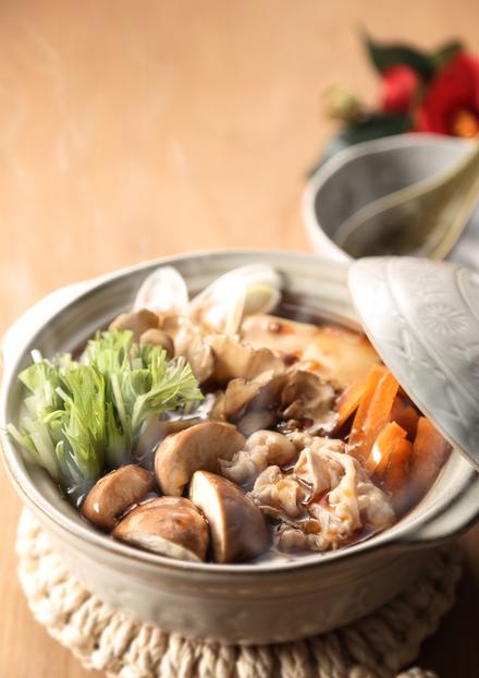 とろーり豆腐と野菜の酸辣鍋