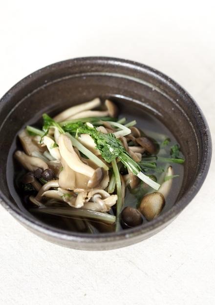 簡単 水菜と茸のあっさり煮浸し柚子胡椒で