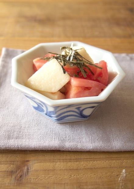 山芋とトマトのわさび酢和え
