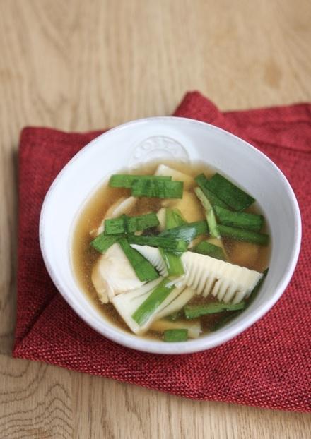 鶏ささ身とにらの中華スープ