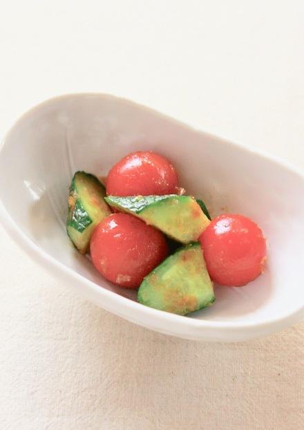 簡単 美味しい きゅうりとトマトのサラダ