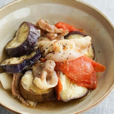 豚肉と夏野菜の簡単蒸し煮