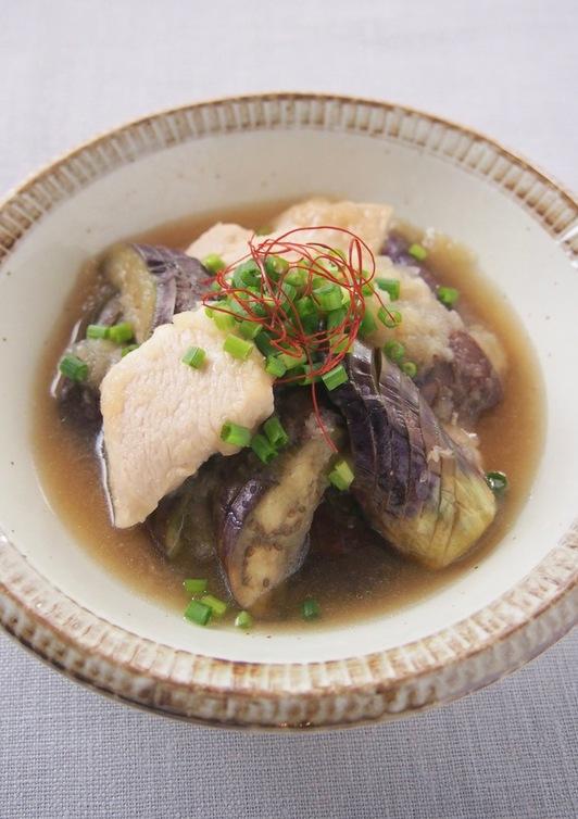 フライパン一つ 鶏胸肉となすのみぞれ煮
